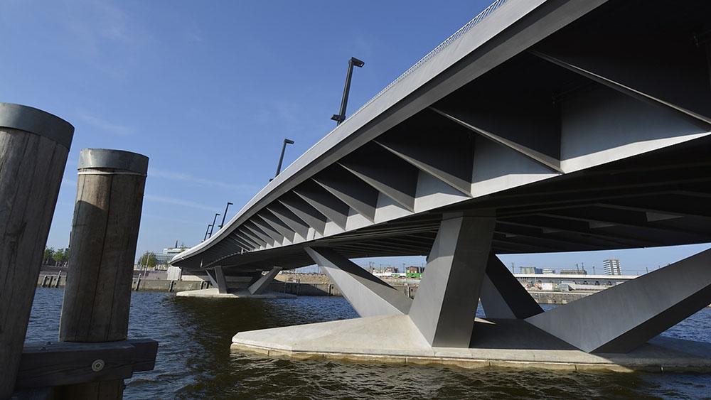 Pont de baakenhafen hambourg infosteel for Structure metallique architecture