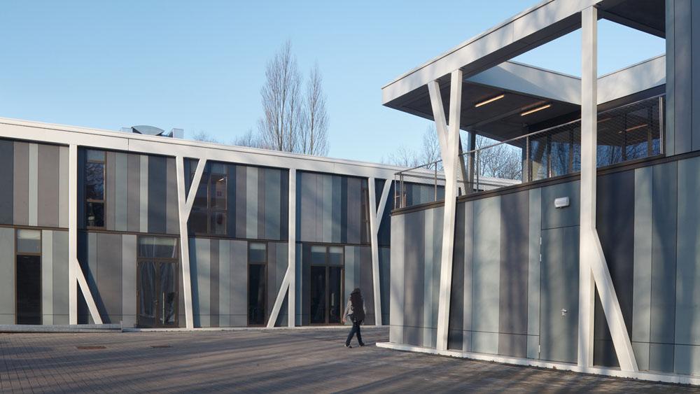 Pavillon des arts lokeren infosteel for Structure metallique architecture